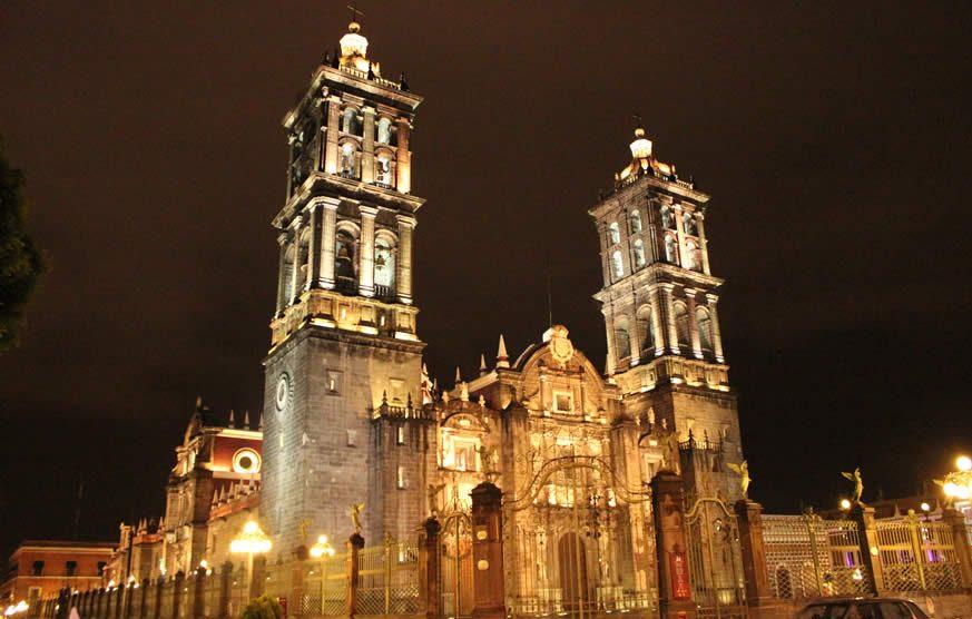 5_De_Mayo_Catedral_Puebla_2