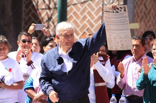 5_de_mayo_diario_puebla_lopezzavala_armentamier_por_algo_no_los_quieren_06.jpg