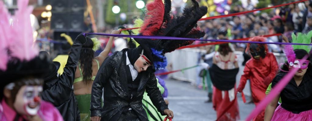 5_de_mayo_diario_puebla_tradicional_desfile_huehues_02