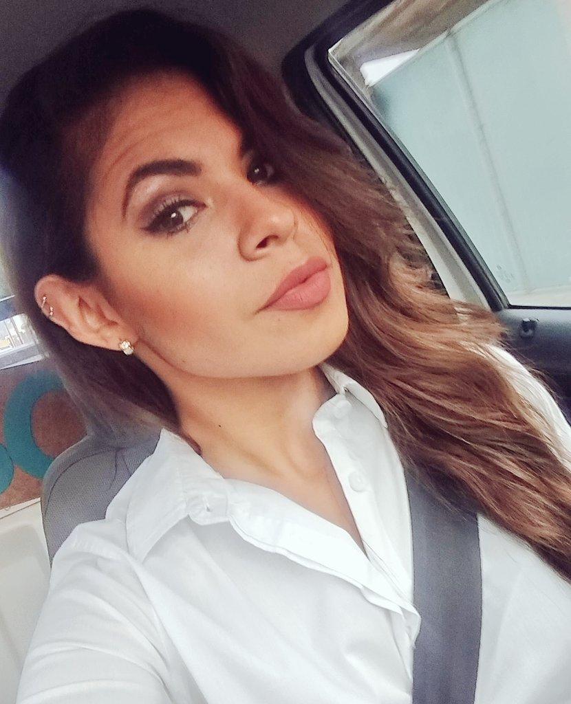 Ana Sofía Orellana candidata a diputada en puebla hace campaña en tinder | 5 de